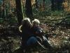 59_mere-bebe-bill-dans-un-sous-bois-automne-1971